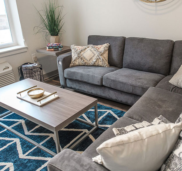 Move-In Ready, Furnished Apartments - Image 01